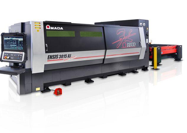 ERBA Group kauft 12 kW Faserlaserschneider von Amada
